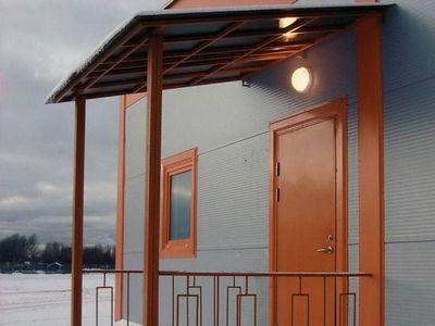Деревянные и металлические навесы на дачу, фото обзор простых построек для автомобиля, крыльца, беседки, изготовление и монтаж дачного навеса своими руками